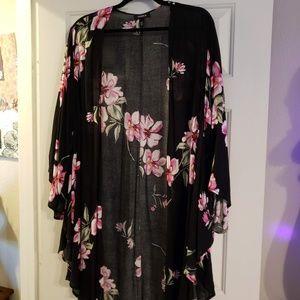 Torrid, Size 1/2 Kimono